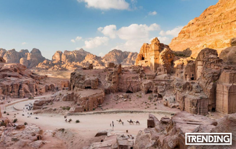 Petra Jordania historia mapa descubridor Maravilla del mundo turismo viajes guia trending magazine revista